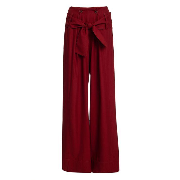 bia-pantalona-vermelha-still--1-